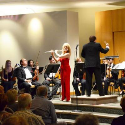 Symphony of the Americas world famous flute soloist, Marilyn Maingart.